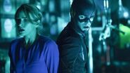 The Flash Season 2 Episode 9 Review w Danielle Panabaker AfterBuzz TV