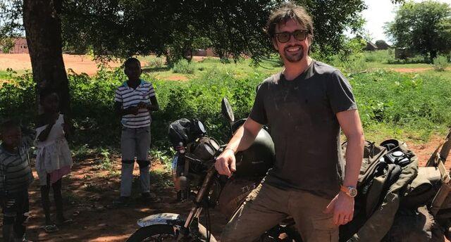 File:Hammond in Mozambique.jpg