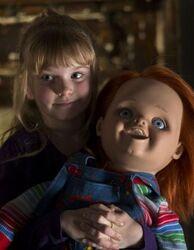Alice-holding-chucky