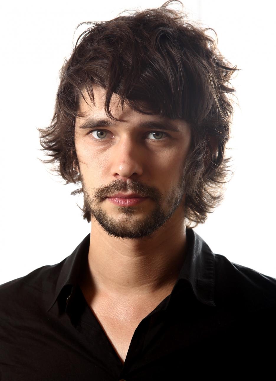 Ben Whishaw (born 1980)