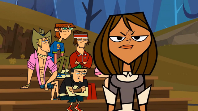 File:Courtney gets mean looks.png