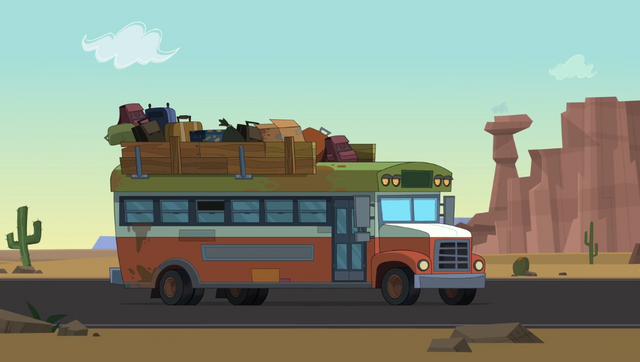 File:Chicken bus.png