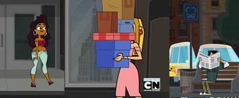 Annie-Blaineley-Chrisey cameo