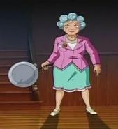Mrs Lewis pan