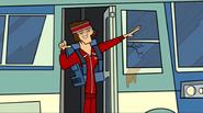 S03E01 Tyler wychodzi z autobusu