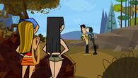 S01E16 Heather i Lindsay widzą pocałunek Gwen i Trenta