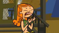 S01E02 Izzy oparzyła język