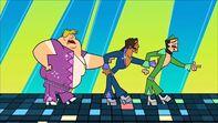S03E17 Alejandro, Duncan i Owen w piosence
