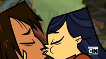 S01E18 Pierwszy pocałunek Emmy i Noah