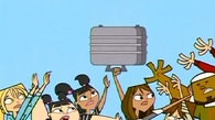 Oddawaj walizkę, Courtney