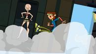 S02E11 Harold i Heather wypadają z samolotu