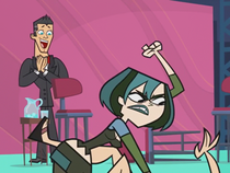 S02E27 Gwen vs Heather
