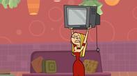 S03E06 Blaineley niszczy telewizor