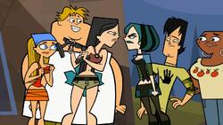 S01E11 Konfrontacja Gwen i Heather