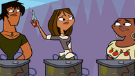 S02E16 Courtney daje Lindsay nożyce