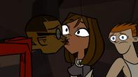 S05E00 Cameron pocałował Courtney