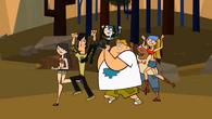 S01E12 Uczestnicy niosą Gwen