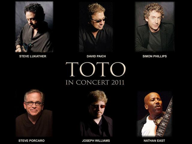 File:TOTO InConcert2011 1600.jpg