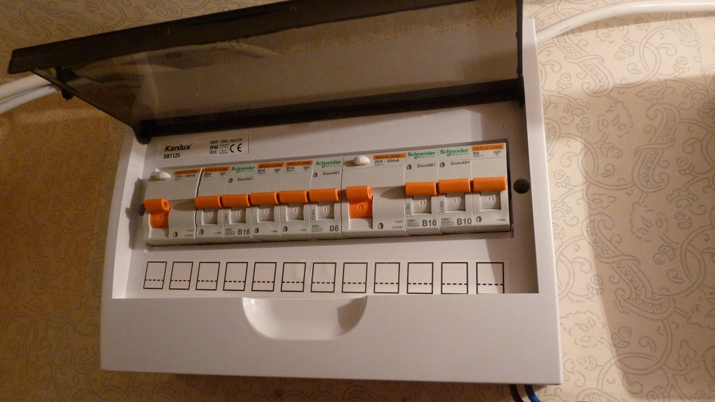 Old Fuse Box Home | Wiring Diagram Fuse Box Tripped Switch on fuse tool, fuse cover, relay box, circuit breaker box, contactor box, fuse adapters,