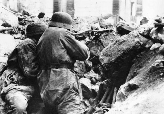 File:Bundesarchiv Bild 183-J24116, Italien, Monte Cassino.jpg