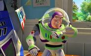 Buzz talking to star command