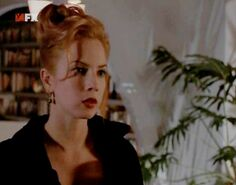 Traci Lords in Nash Bridges 09