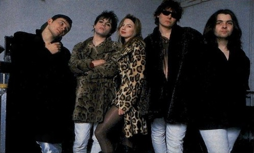 File:Traci Lords with Manic Street Preachers.jpg