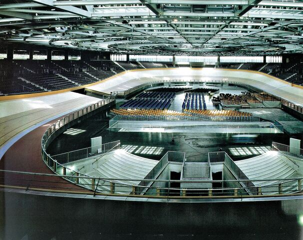 File:Berlin Velodrome inside.jpeg