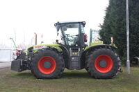 Claas Xerion 3800 Trac at LAMMA 2011 - IMG 6069