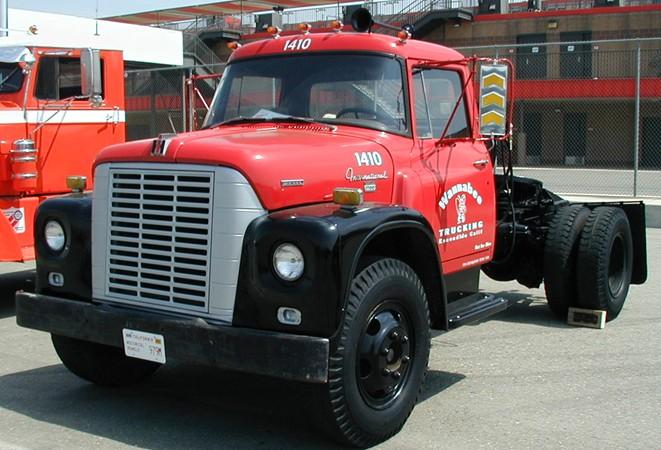 International Loadstar 1700 | Tractor & Construction Plant ...