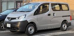 Nissan NV200 Vanette Van 001