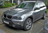 BMW X5 (E70) front