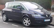 2002 Renault Avantime Privilege 3.0 Front.jpg