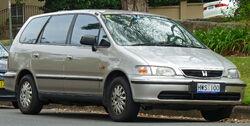1998-2000 Honda Odyssey van (2011-03-10) 01