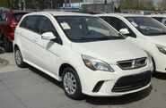 Senova D20 hatch China 2016-04-13