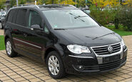 VW Touran 2.0 TDI Facelift front-1