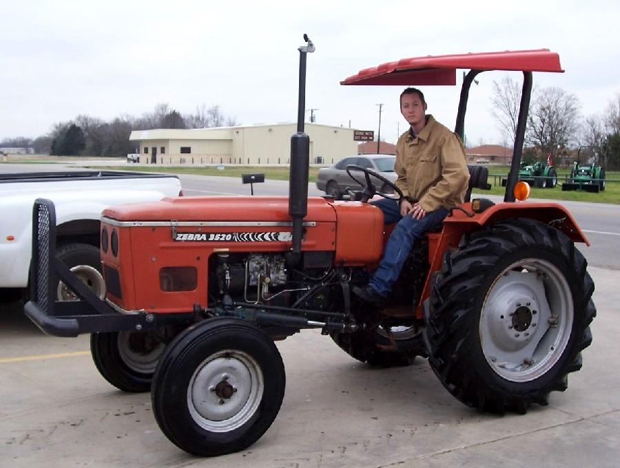3522 Zebra Zetor Tractor Parts : Zebra tractor construction plant wiki fandom