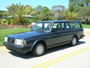 1990 volvo 240dl wagon 2