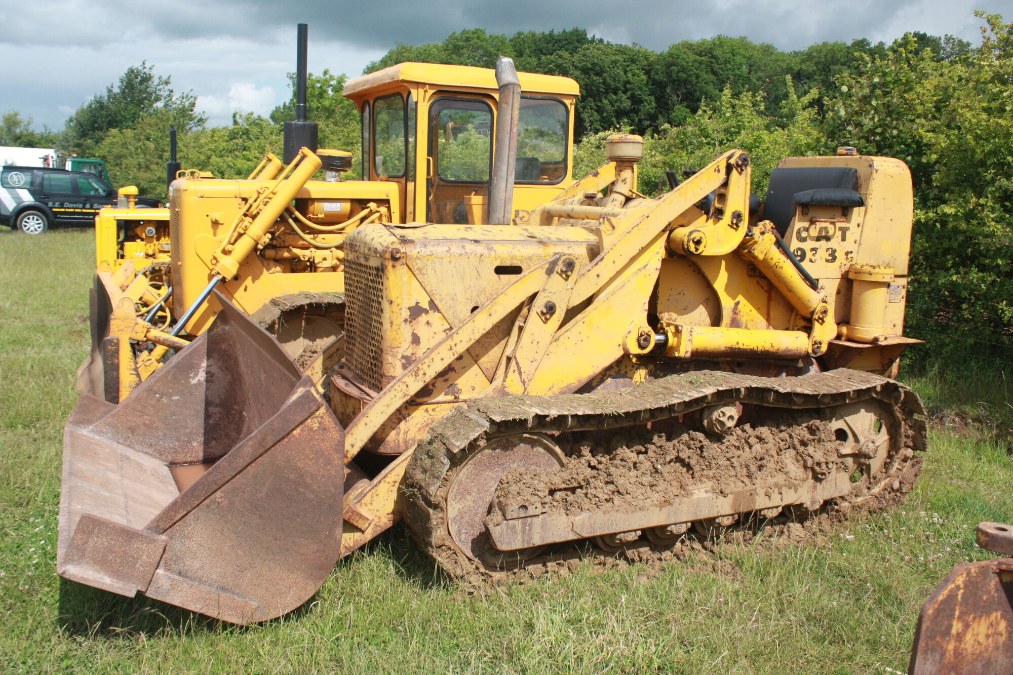 Caterpillar 933 Crawler Loader Tractor Construction Plant Wiki 1968 Bobcat Engine Diagram Fandom Powered By Wikia
