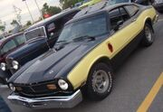 '77 Ford Maverick Coupe (Auto classique Bellepros Vaudreuil-Dorion '11)