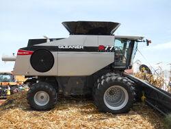 AGCO Gleaner S77 Tritura combine - 2011