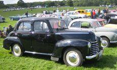 Vauxhall Velox ca 1949.jpg
