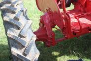 Farmall A axle detail on 427 XUC - IMG 0108