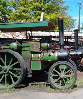 Tasker tractor AA5253