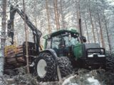 Valtra X-120 Forest