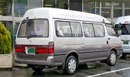 Toyota Hiace Grandcabin 002