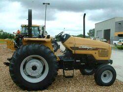 Challenger MT425 - 2003