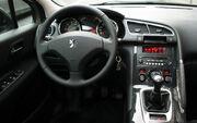 Peugeot-3008-cockpit-CherryX
