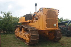 Cat D9G at EM wd 2011 - IMG 0517
