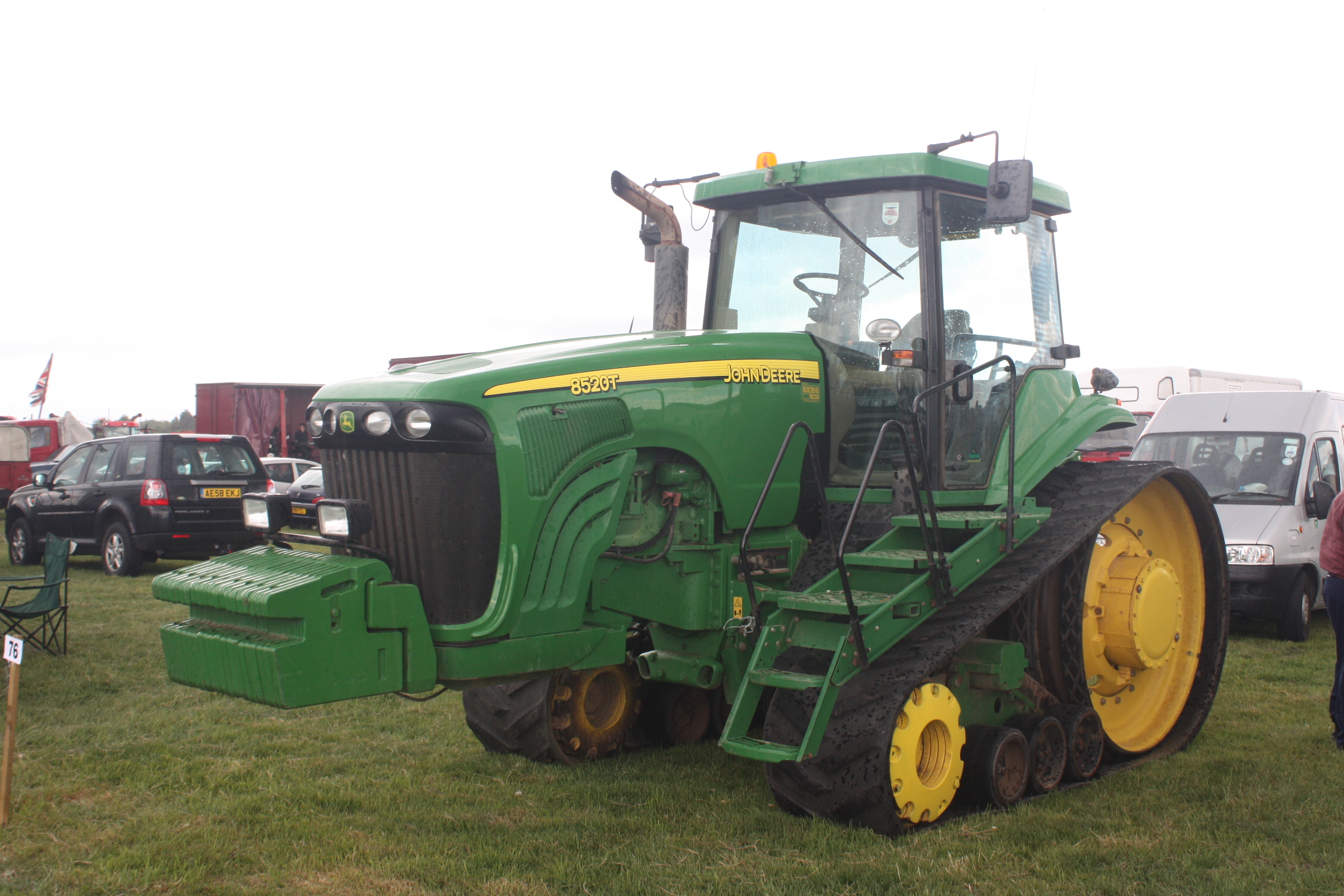 List Of John Deere Tractors Tractor Construction Plant Wiki Model B Engine Diagram A Modern Jd 8520t Crawler